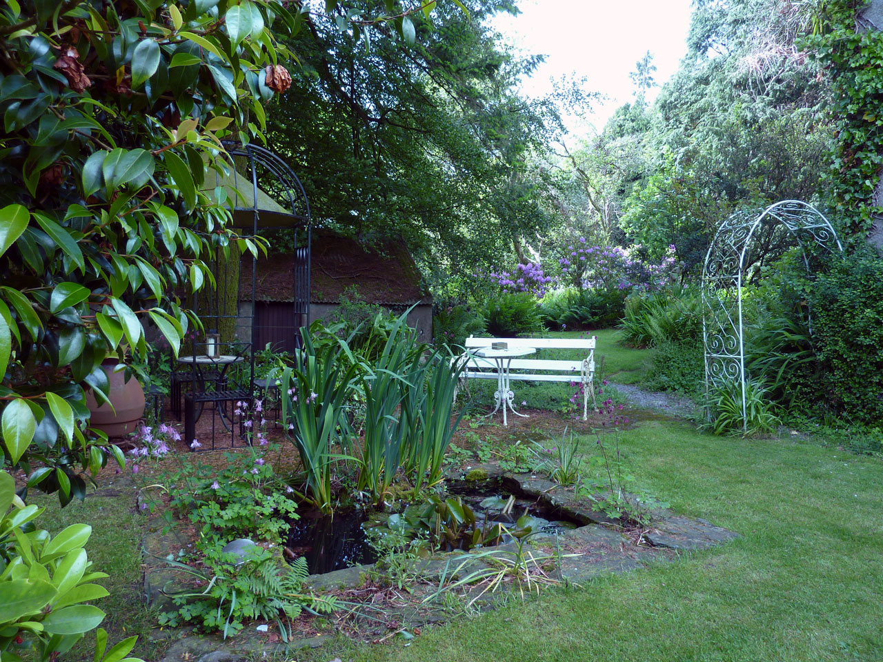 The gardens at Cullintra House offer many quiet spots for sitting and relaxing